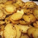Kartoffelbåde med timian og salt i ovn