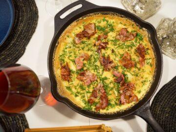 Æggekage med kartofler og bacon