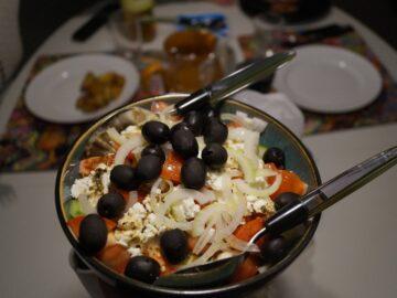 Basisingredienser til Græsk salat