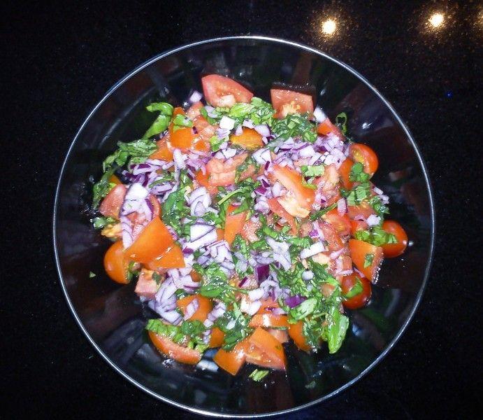 Bulgursalat med tomater og marinade
