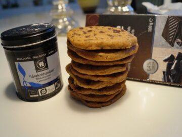 Cookies med lakridspulver og chokolade med lakrids