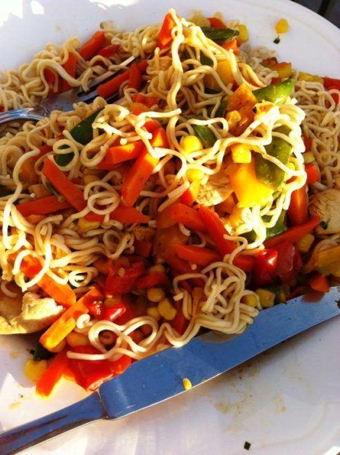 Grøntsager stegt i wok