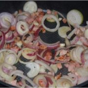 Ingredienser til Jamaica mørbrad steges på panden