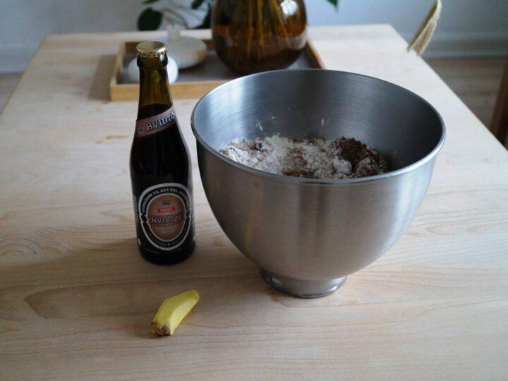 Ingredienser til ølkage