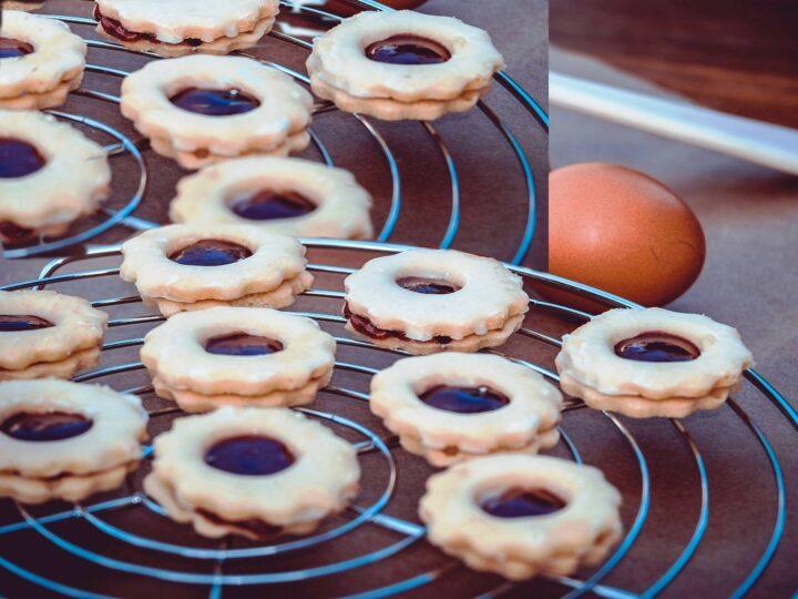 Julekranse småkager med marmelade