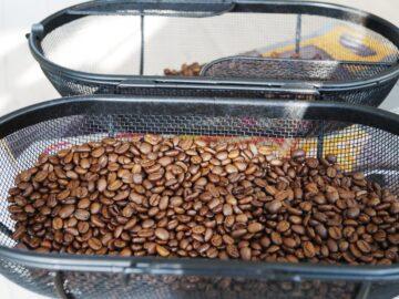 Kaffebønner ristet i rotisserie