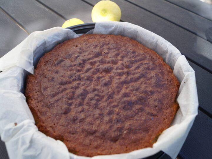 Kage til citronmåne bagt i ovn