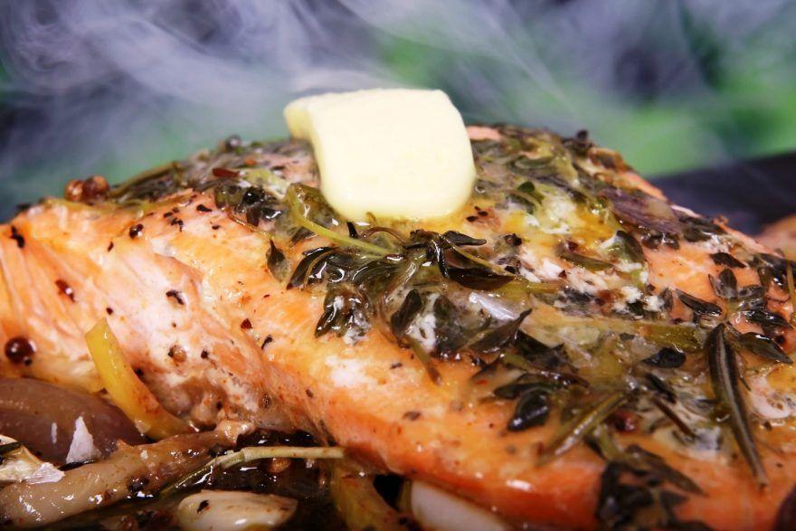 Makrel med krydderier og smørklat