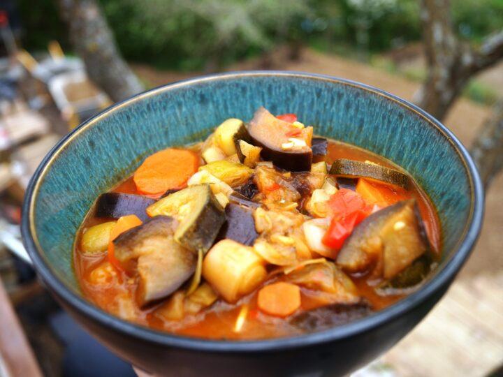 Ratatouille med aubergine og squash