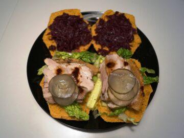 Ribbensburger med rødkål