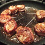 Svinemørbrad med bacon på panden