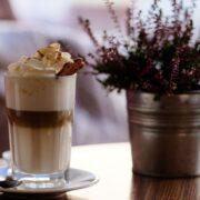 Vanilje Espresso med karamelskum