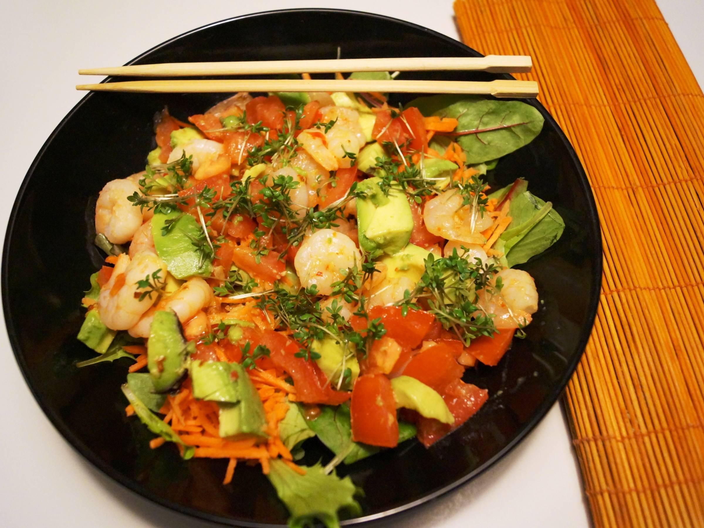 Vinaigrette dressing og salat