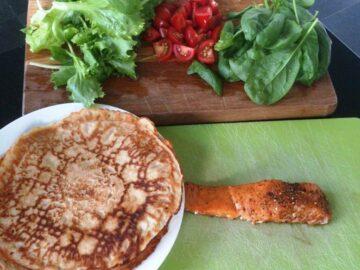 Wraps eller pandekager med laks