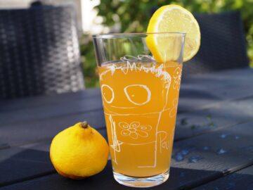 Citrus lemonade med lime og appelsin
