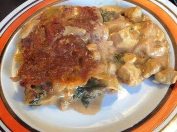 hjemmelavet kyllingelasagne med spinat