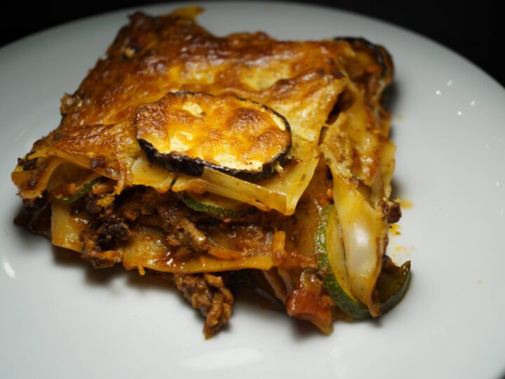Lasagne med squash og oksekød